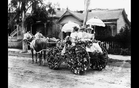 Pasadena Continues Rose Parade Tradition