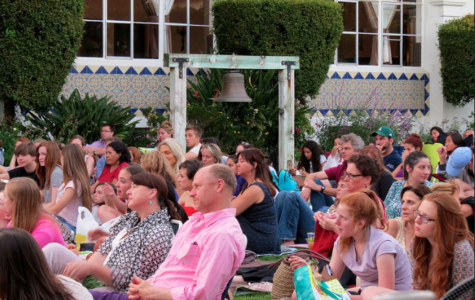 Independent Shakespeare Company Performs 'Romeo and Juliet' For Shakespeare on the Green