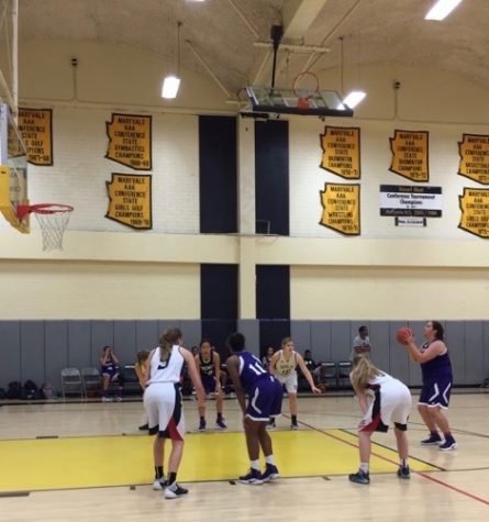 Panthers go for the three: varsity basketball plays three games in Arizona