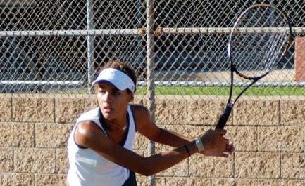 Seniors Lead Tennis to a Successful Season