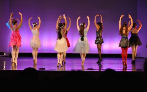 Archer dancers performing at the 2014 Dance Showcase. Photographer: Marcela Riddick '16