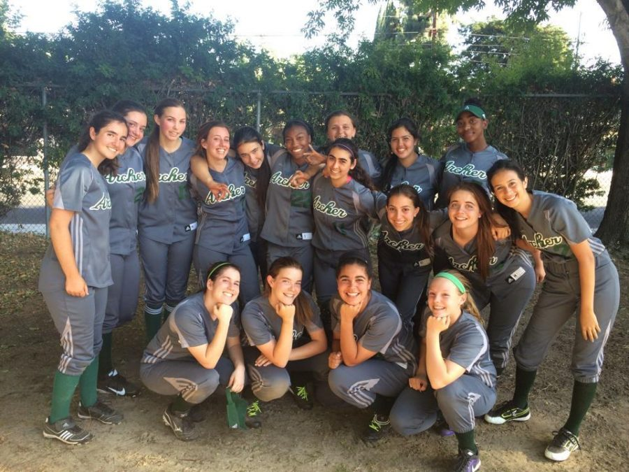 Varsity Softball Participates in Playoffs