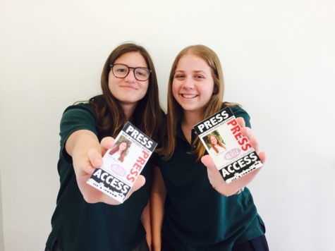 The 2015-2016 Editors-in-Chief, seniors Sarah Wagner and Syd Stone, show off their press passes. Photographer: Carina Oriel '16.