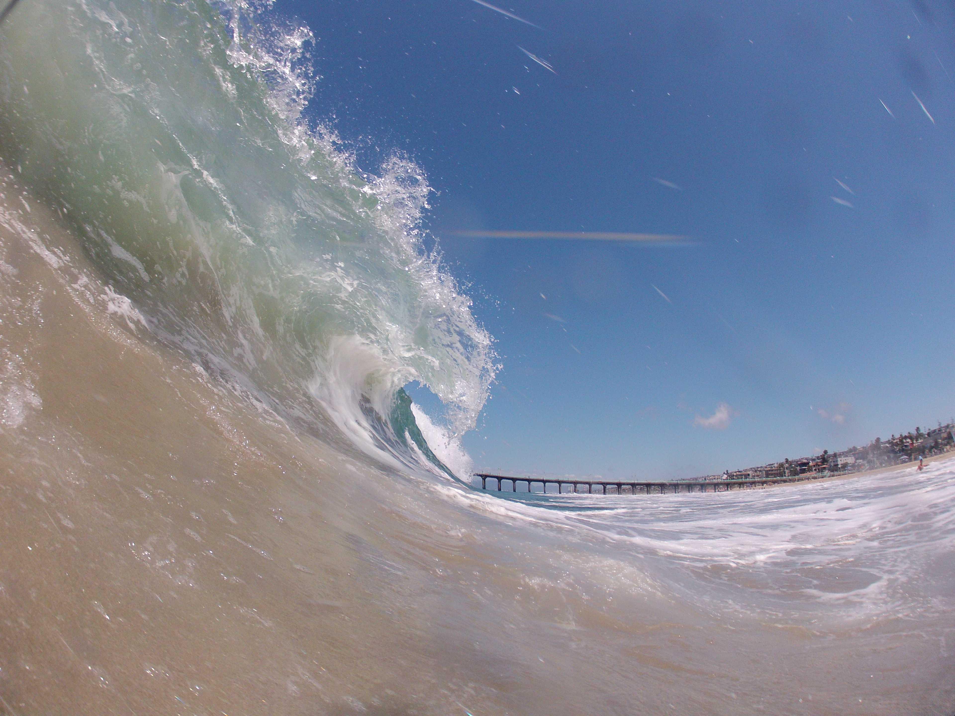 Gillen%27s+photo+of+a+wave.+Photographer%3A+Cushman+Gillen.
