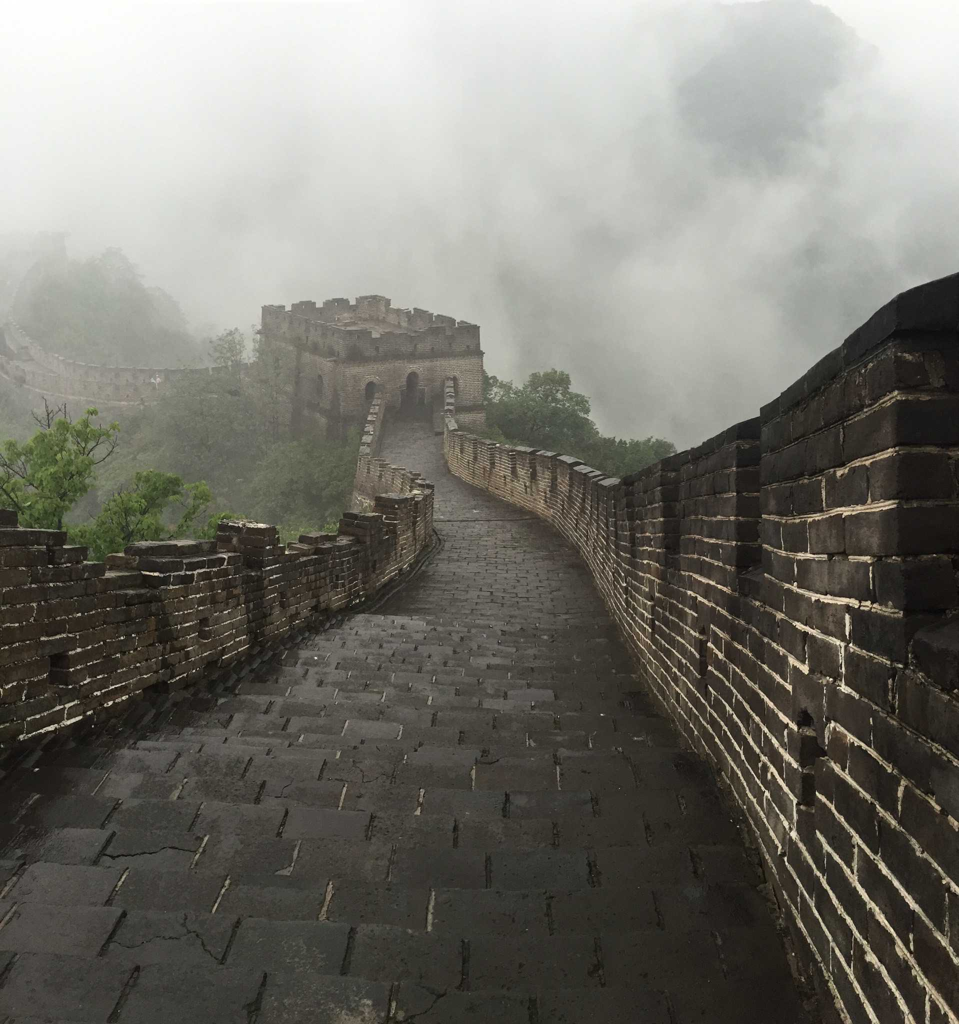 Dahlin%27s+photo+of+the+famous+5%2C500+mile+Great+Wall+of+China+on+her+trip+to+Asia.+Photographer%3A+Theresa+Dahlin.
