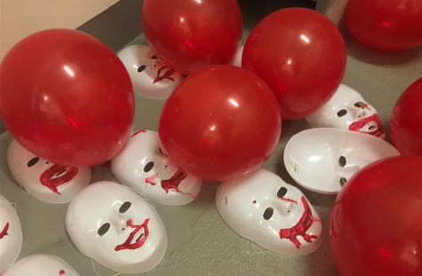 Annual senior haunted house brings fears to life, carries on tradition
