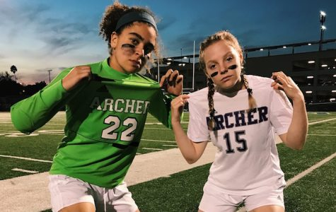 Q&A with 2016-2017 varsity soccer captains: Rachel Pike, Liadan Solomon