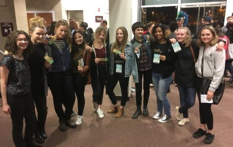 Members of the Archer a cappella groups, Something Major and the Unaccompanied Minors, attend the Los Angeles A Cappella Festival at Calabasas High School the weekend of February 3-5. Pictured above from left to right are Willa Frierson '20, Stella Gage '17, Anika Ramlo '17, Alex Sherman '17, Meghan Marshall '17, Liadan Soloman '17, Lulu Cerone '17, Omari Benjamin '18, Anna Allgeyer '18, and Anouk Braun '20.