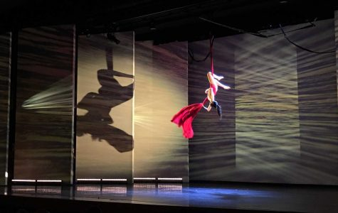 Aisha Mainwaring '17 performing in the performance