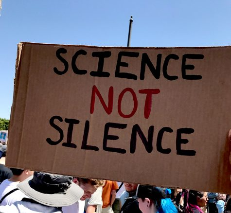 'There is no Planet B': Thousands March for Science in L.A.