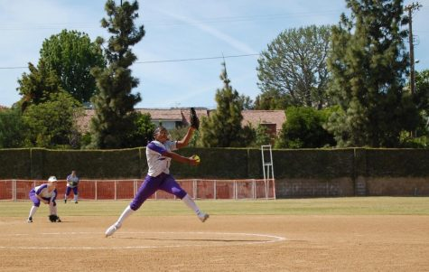 Varsity softball pitcher Kamryn Bellamy breaks career strikeout record