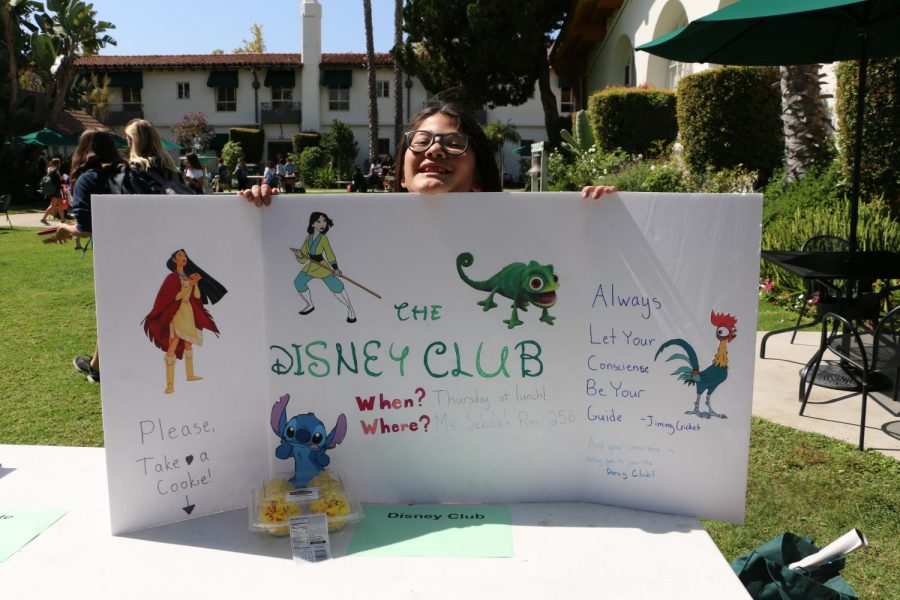 Lucy+Lassman+%2723+displays+her+poster+for+Disney+Club.+There+are+45+student-run+clubs+this+year.