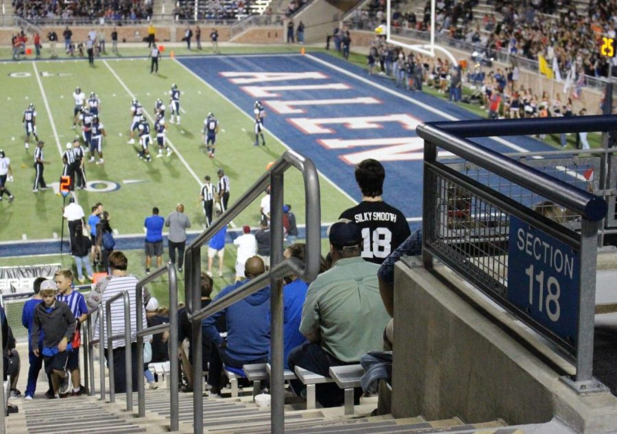 Fans+watch+the+Allen+vs.+Hebron+semi-final+football+game.+The+game+was+held+at+Eagle+Stadium+in+Allen%2C+Texas.