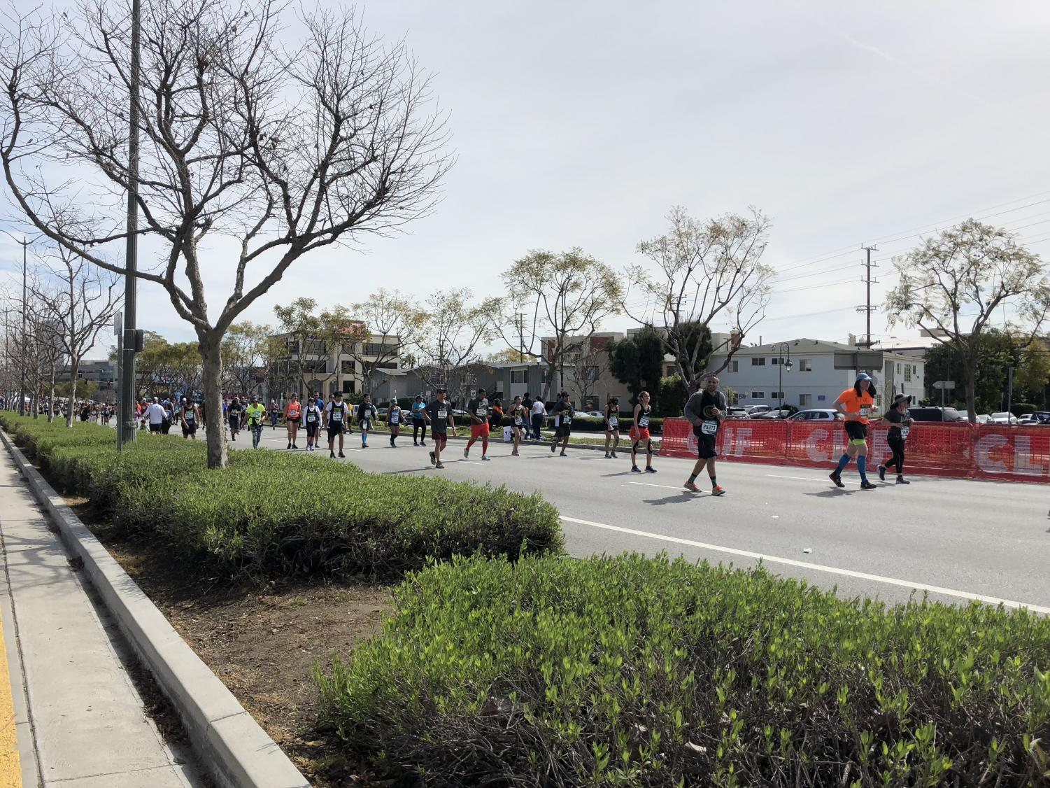 Los Angeles Marathon runners travel through Westwood. The marathon took place on Mar. 18 with a route that went from Dodger Stadium to the Santa Monica Pier.