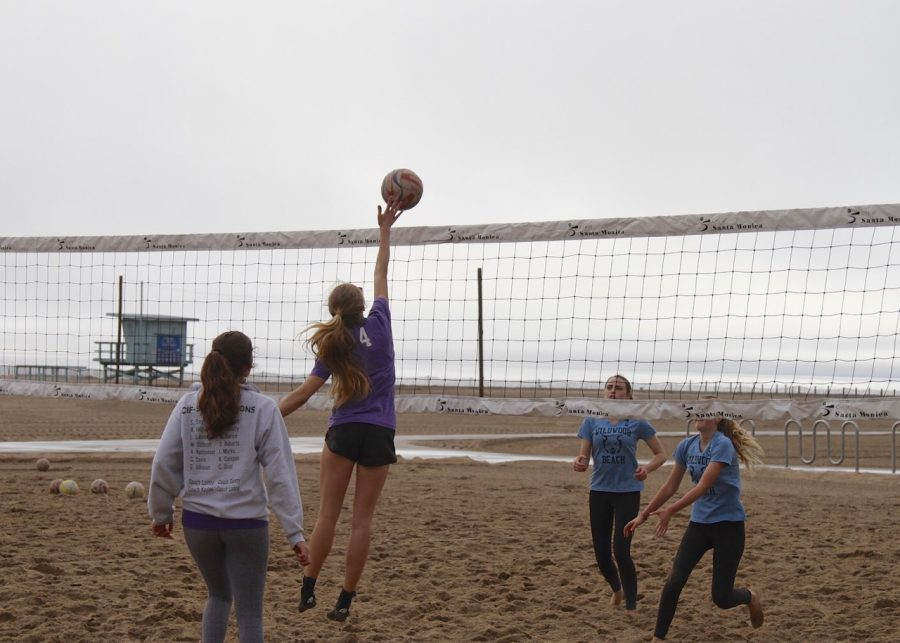 Gillian+Varnum+%2720+hits+during+a+beach+volleyball+tournament.+She+is+currently+a+co-captain+alongside+Stella+Smyth+%2719.+
