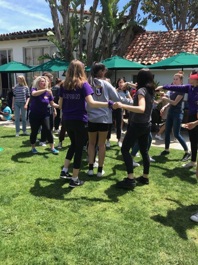 Seniors+participate+in+the+relay.+One+of+the+challenges+was+trying+to+untangle+a+human+knot.++