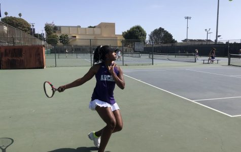 Senior captain Miayunique South on the courts at Santa Monica High School. This match was played on Thursday, Sept. 20.