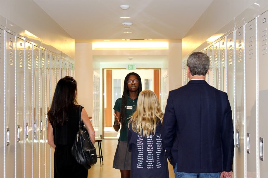 Tour Guide Vice-Chair Chidimma Nwafor tours a prospective family.