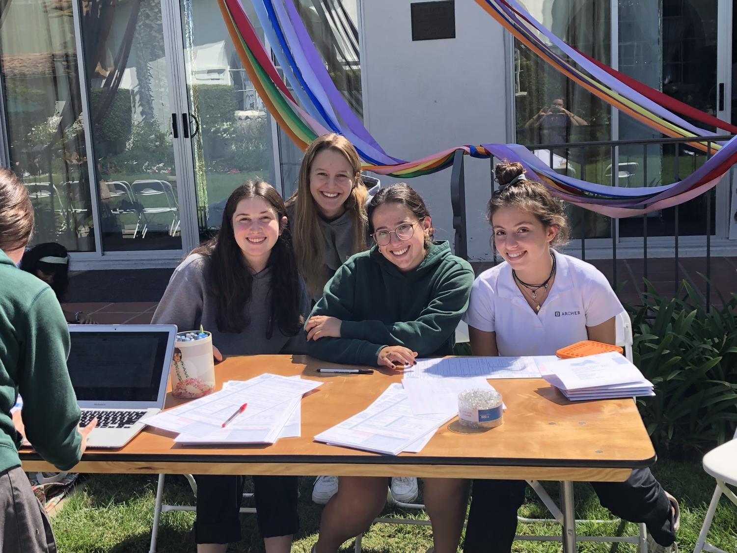 Students pre-register and register to vote on Monday, Sept. 23. The event was hosted by the Human Rights Watch Club.  Allie Worchell '20 is pictured in the center.