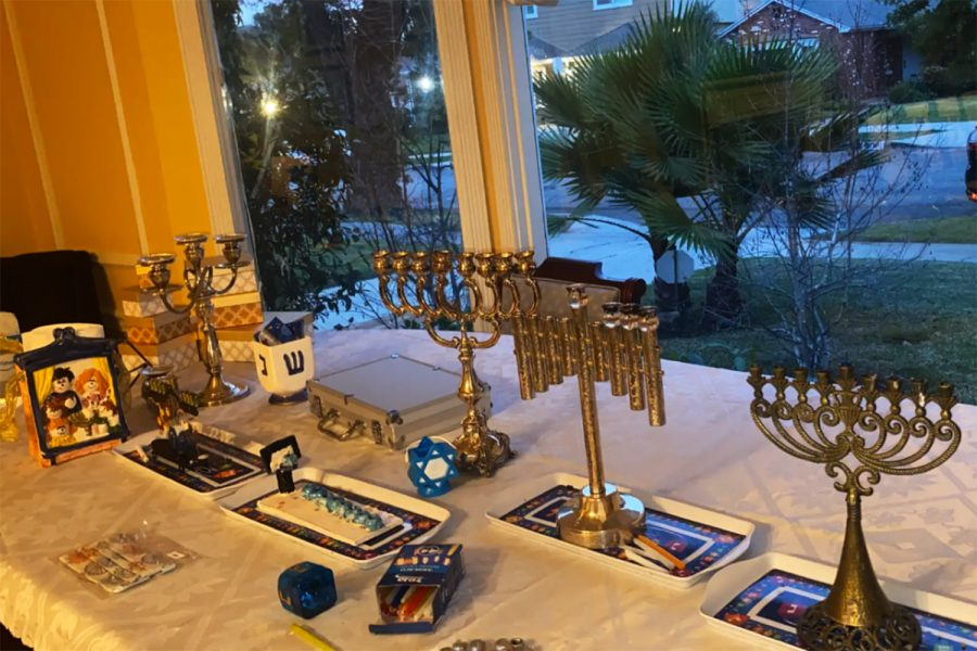 Menorah%27s+are+set+out+in+display+in+preparation+for+lighting+the+menorah+candles+later+in+the+evening.+This+year%2C+Hanukkah+was+celebrated+differently+by+Archer%27s+Jewish+students+and+the+Jewish+Student+Union+due+to+COVID-19.