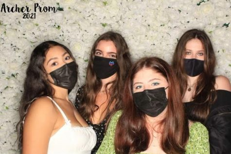 Mamma Mia, it's prom again! Senior class attends 'unconventional' prom celebration